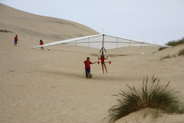 Hang Gliding in Pacific City - ready for take off